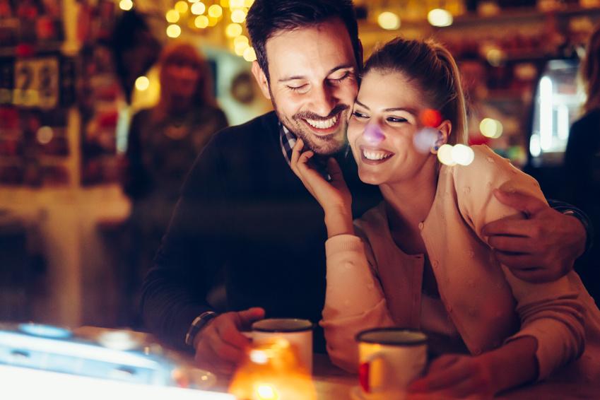 Dating-Grenzen für Teenager Wie man wieder mit dem Dating in den 30er Jahren beginnt